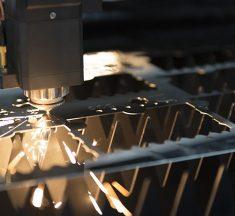 Um was geht es beim Laserschneiden und was sind die Vorteile?