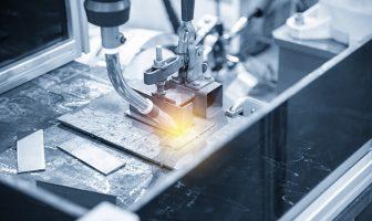 Roboter und Laserschweißen